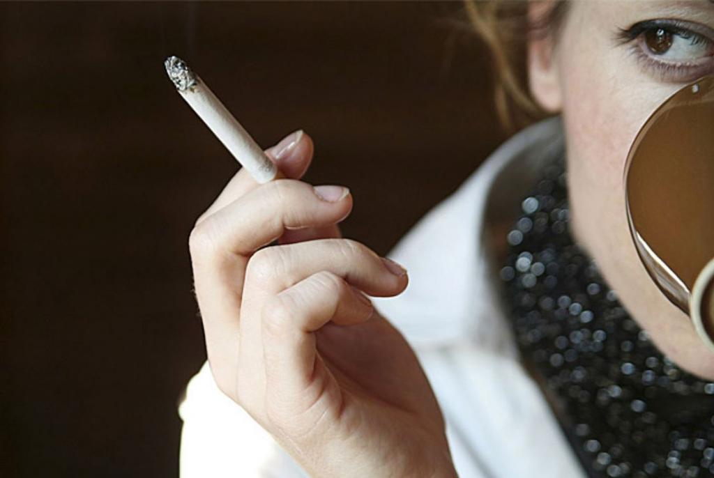 kava i cigarete