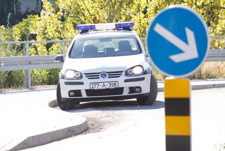 policija auto žzh